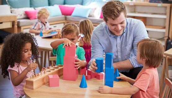 master-en-pedagogia-montessori