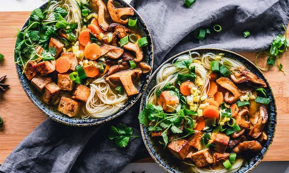 Un menú saludable tiene que incluir hidratos de carbono, proteínas, vegetales y grasas saludables
