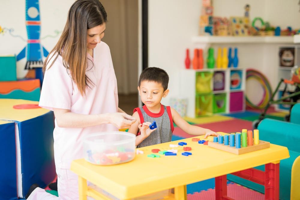 La evaluación psicopedagógica es un proceso donde se brinda apoyo educativo al alumnado con necesidades específicas